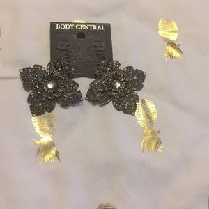 NWT Bronze and Rhinestone Earrings